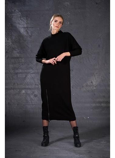 Eda Atalay Fermuar Detaylı Triko Elbise Siyah